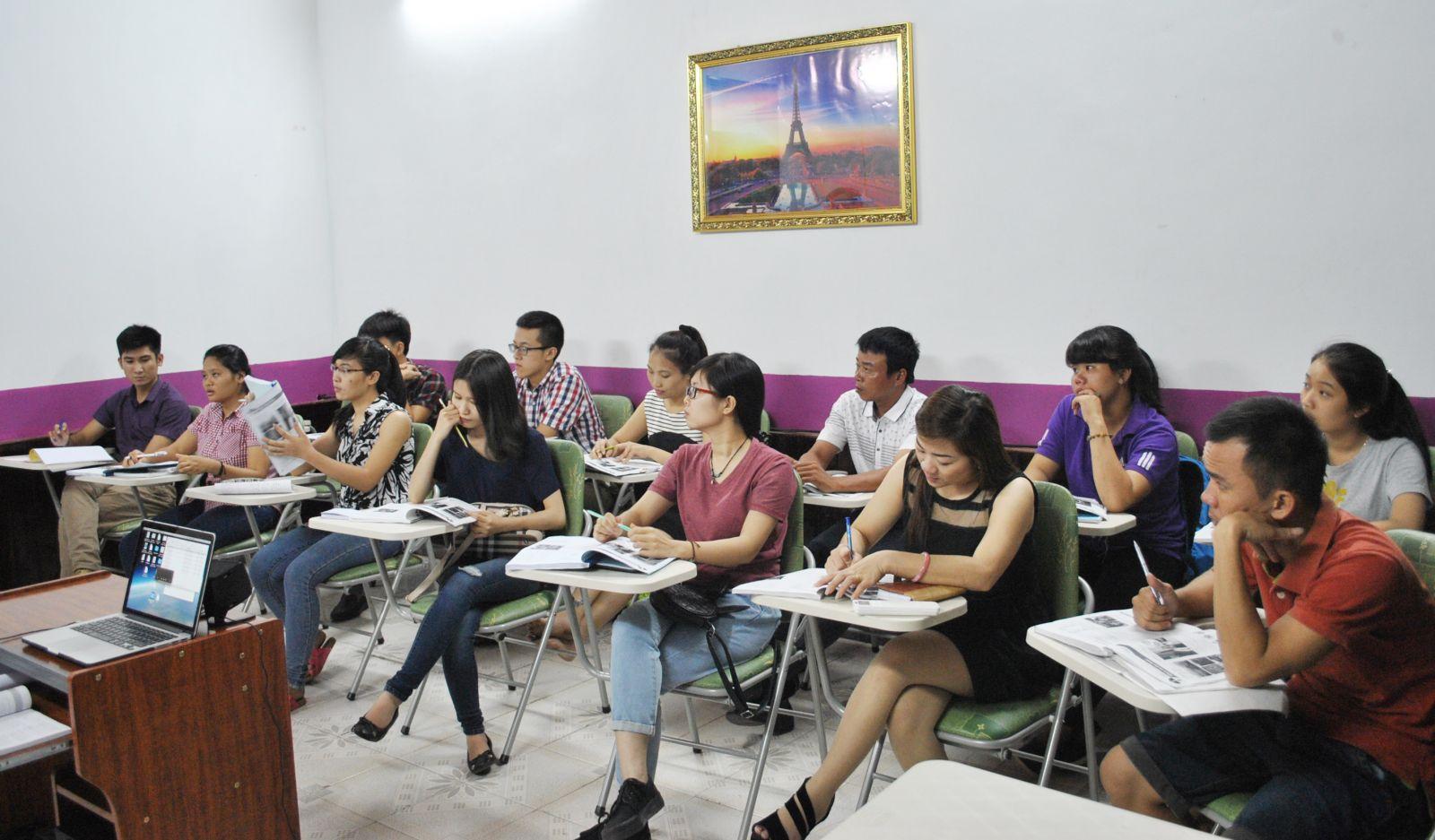 Lớp học tiếng đức thứ 7 và chủ nhật cho người bận rộn