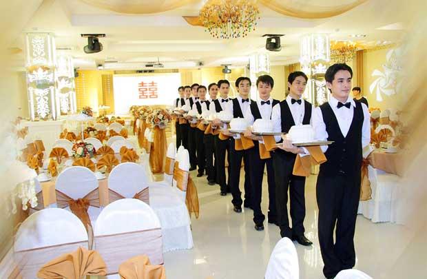 Từ vựng tiếng Đức chuyên ngành nhà hàng, khách sạn